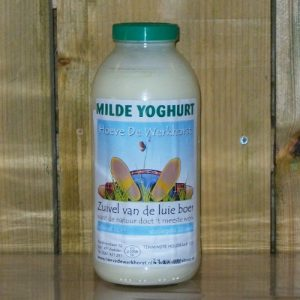 Milde yoghurt van De Luie Boer